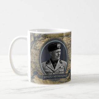 Tasse historique de Benito Mussolini