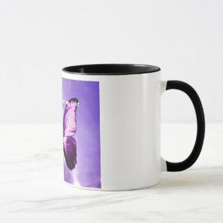 Tasse inspirée de papillon pourpre de fibromyalgie
