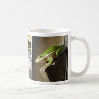 Tasse mignonne de grenouilles d'arbre
