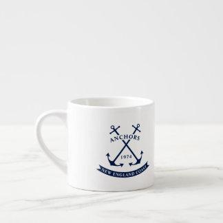 Tasse nautique de café express avec des ancres -