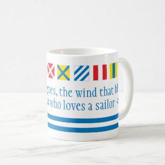 Tasse nautique de pain grillé de signaux maritimes