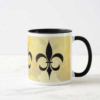 Tasse noire de Fleur-De-lis d'or