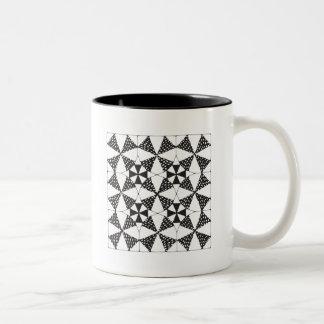 Tasse noire Zen-Piquante d'anneau