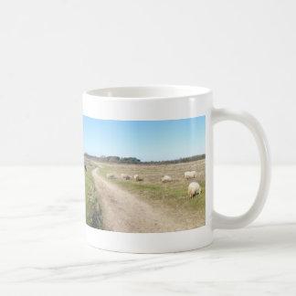 Tasse panoramique de lande de moutons