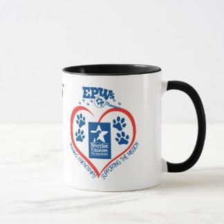 Tasse personnalisée de coeur d'EPW