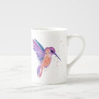Tasse pour aquarelle de colibri de peinture