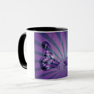 Tasse pourpre de papillons