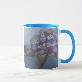 tasse pourpre fleurissante