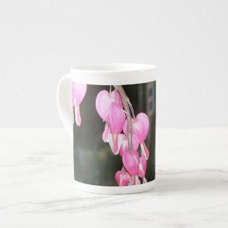 Tasse rose de la Chine de jour de mères de fleur