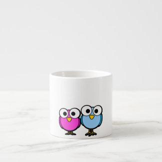 Tasse rose et bleue mignonne de café express