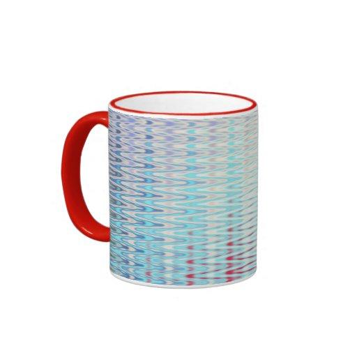 Tasse rouge blanche bleue de sonnerie de zigzag