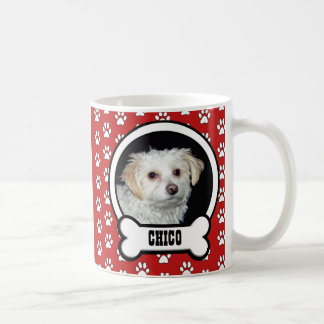 Tasse rouge de photo d'animal familier
