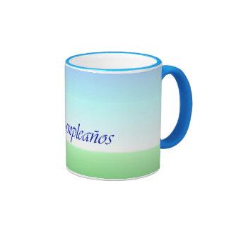 Tasse vert-bleu de sonnerie d'anniversaire