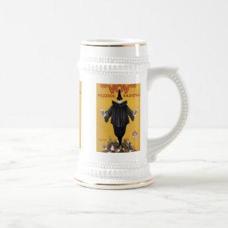 Tasse vintage d'étiquette de boisson alcoolisée de