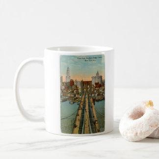 Tasse vintage du pont de Brooklyn NYC