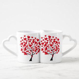 Tasses d'amants d'arbre d'amour