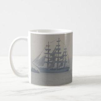 Tasses marines nautiques de navigation de voilier