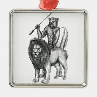 Tatouage africain de lion de lance de guerrier ornement carré argenté