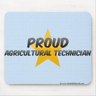 Technicien agricole fier tapis de souris