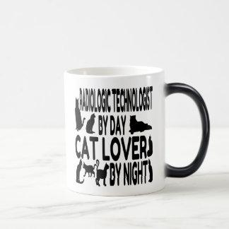 Technologue radiologique d'amoureux des chats mug magic