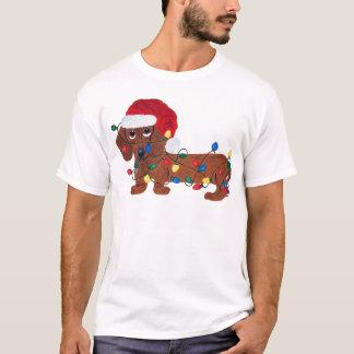 Teckel embrouillé dans des lumières de Noël T-shirt