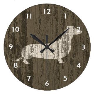 Teckel patiné grande horloge ronde