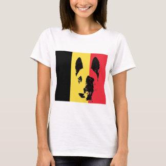 Tee - shirt de drapeau de Malinois de Belge T-shirt