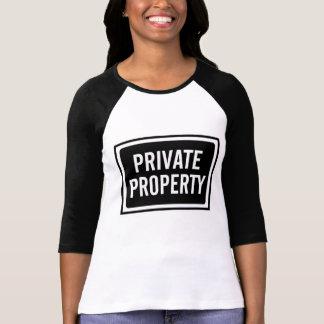Tee - shirt noir et blanc de signe de propriété t-shirt