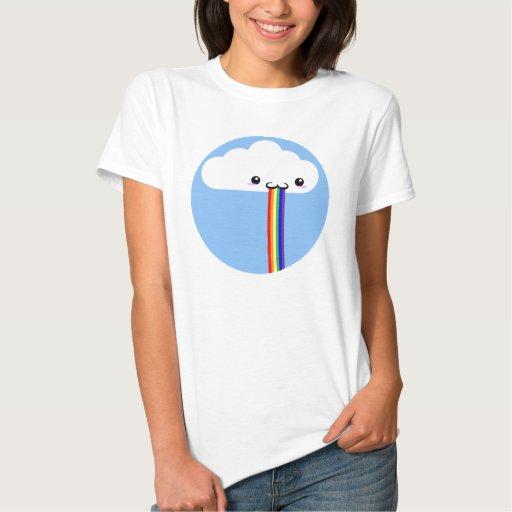 Tee - shirt vomissant d'arc-en-ciel de nuage t-shirts