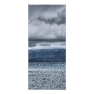 Tempête au-dessus du lac