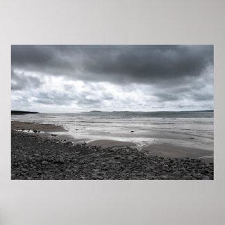 tempête venant à la plage beal poster