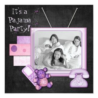 Temps d'amusement de soirée pyjamas cartons d'invitation