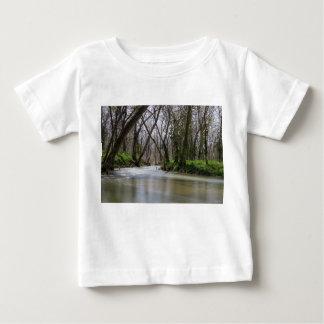 Temps de tranquilité de Finley au printemps T-shirt Pour Bébé