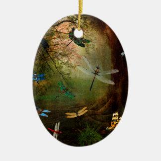 Terrain de jeu de libellule ornement ovale en céramique