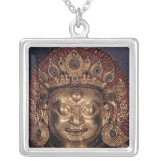 Tête de Bhairava, fin du 17ème siècle Collier