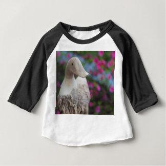 Tête en bois de canard avec des fleurs t-shirt pour bébé