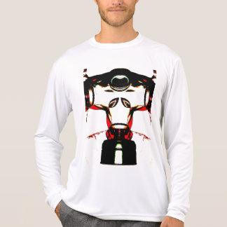 Tête étrangère avec le masque de gaz et fentes t-shirt
