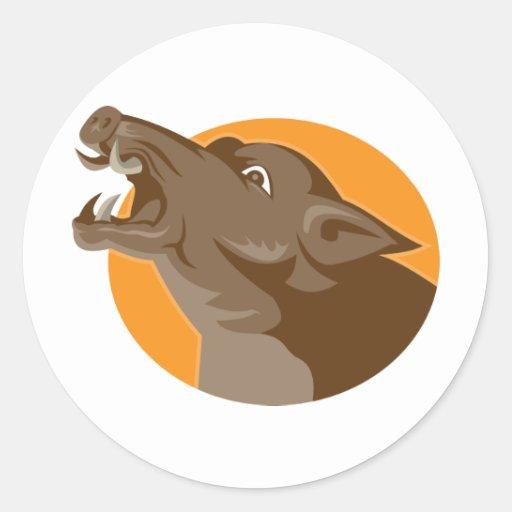 tête sauvage fâchée de porc rétro adhésifs ronds