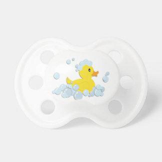Tétine Bébé bleu de bain moussant