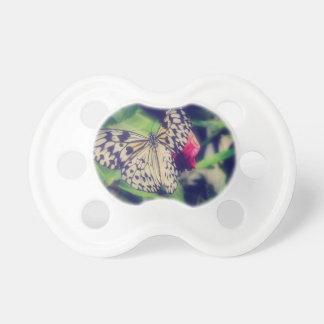 Tétine Collage de papillon