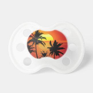 Tétine Coucher du soleil tropical de plage d'été de