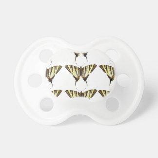 Tétine Groupe de papillons