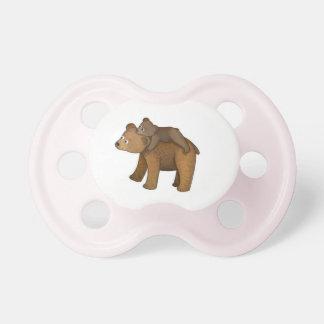 Tétine ou muet d'ours de maman