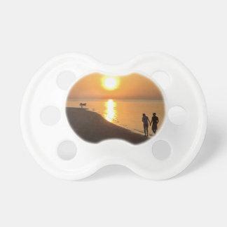 Tétine Promenade de matin sur la plage