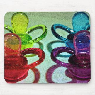 Tétines colorées tapis de souris