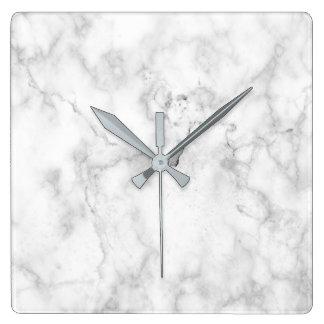 Texture blanche et grise de marbre de faux horloge carrée