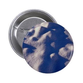Texture de dérive de neige badge avec épingle
