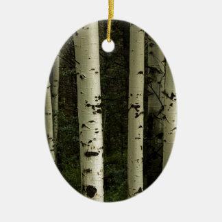 Texture d'un portrait de forêt ornement ovale en céramique