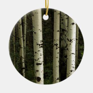 Texture d'un portrait de forêt ornement rond en céramique