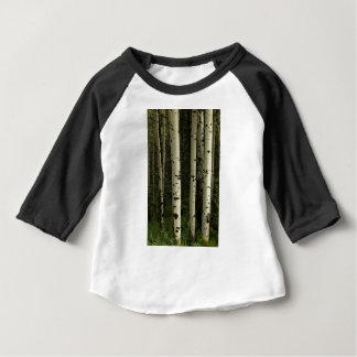 Texture d'un portrait de forêt t-shirt pour bébé